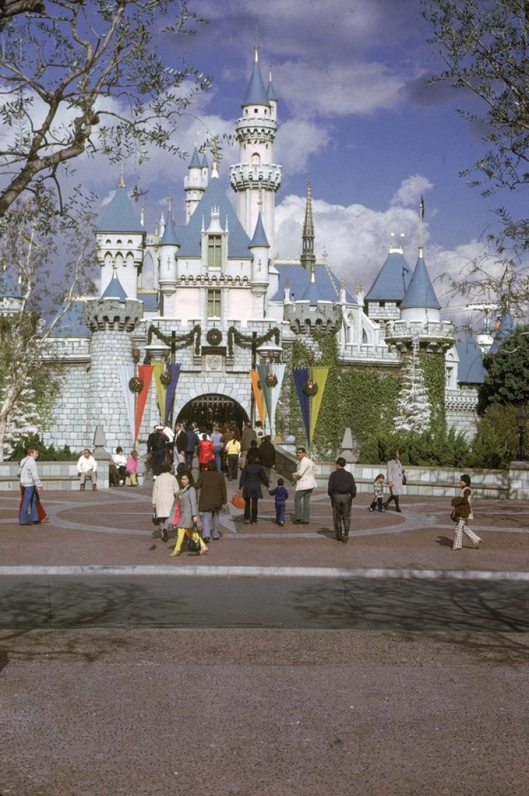 Vista del castillo de Disneyland en Anaheim, California (Getty Images)