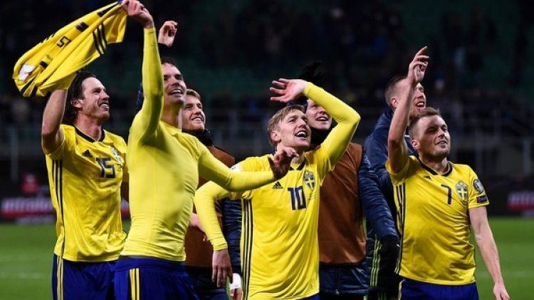 La alegría de los suecos por la clasificación (Reuters)