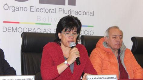 Los vocales del TSE Katia Uriona y Antonio Costas. Foto: OEP