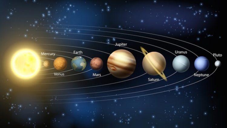 El nuevo planeta tiene una masa 13,4 veces másgrandeque la Júpiter, elmayordel Sistema Solar.