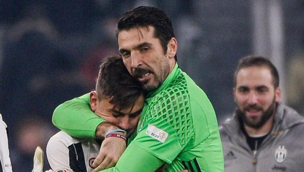 Image result for dybala y buffon