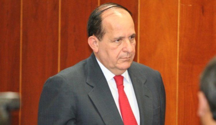 Álvaro Ashton, otro de los senadores denunciados por la Fiscalía.