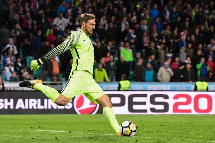 Jan Oblak: la selección de Eslovenia quedó lejos de clasificar y el del Atlético de Madrid no jugará en Rusia (AFP)