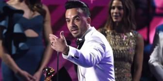 Los Grammy Latinos se rinden a 'Despacito' y reivindican Puerto Rico