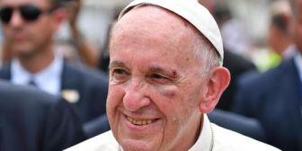 El papa expresa su solidaridad tras la desaparición del submarino argentino