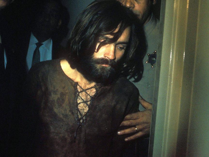 El día que castigaron a Charles Manson sin natillas