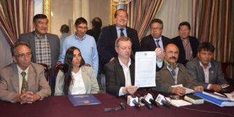 Médicos reiteran pedido de diálogo al Gobierno con amenaza de huelga desde el jueves en Bolivia