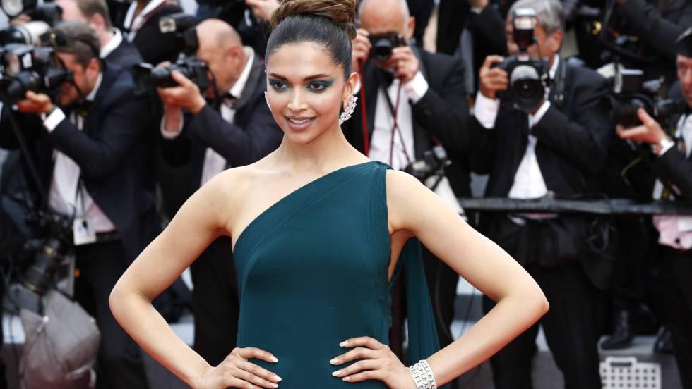 Ofrecen casi 2 mdd por cabeza de actriz hindú