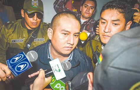 Audiencia. Juan Pari, luego de no declarar ante la Fiscalía.