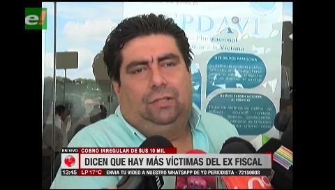 Defensa de hombre que entregó dinero a ex fiscal asegura que existen más víctimas