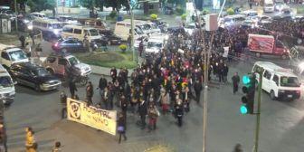 Médicos 'de luto' marcharon en La Paz contra la penalización de la profesión