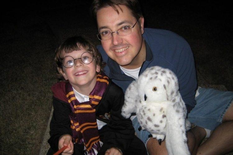 Steve Damm con su hijo Cooper en Halloween de 2005 (Cortesía de Tyra Damm / The Washington Post)