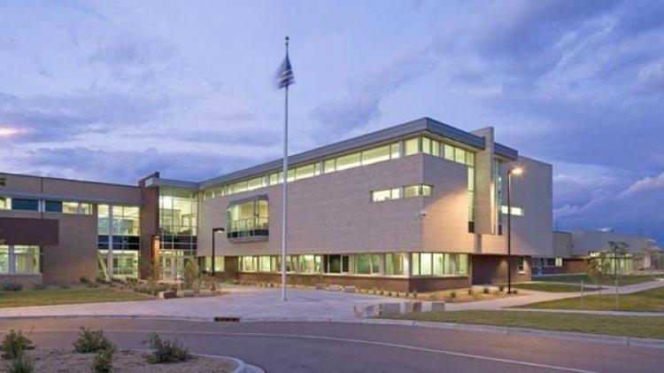 Otho E. Stuart Middle School en Commerce City, Colorado