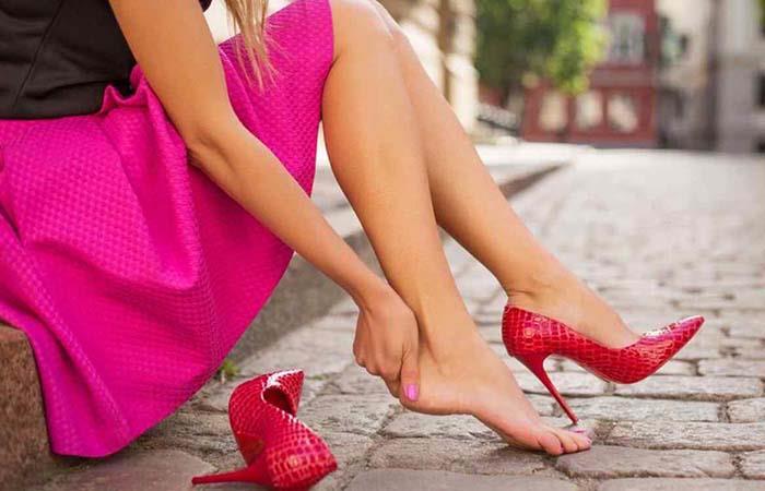 Bailar con tacos puede ser muy peligroso para tu salud