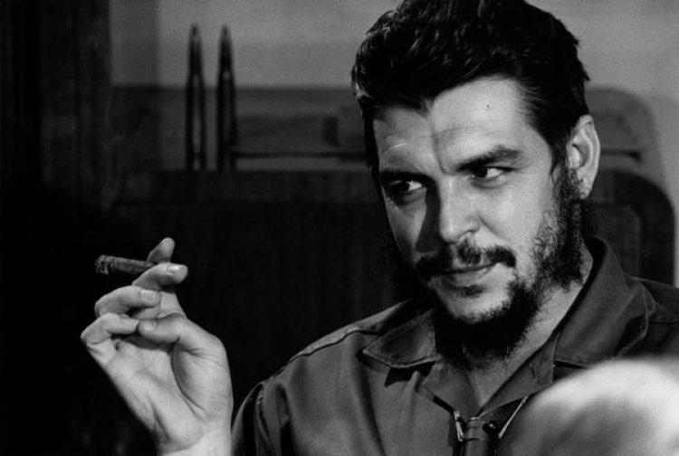 El sobrino del Che escribe sobre su tía Celia y su estilo irreverente y lejos de convencionalismos.