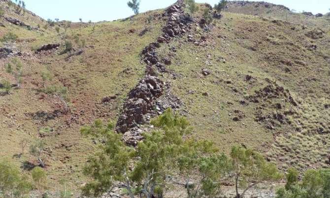 Hallan fósil de 3.500 millones de años