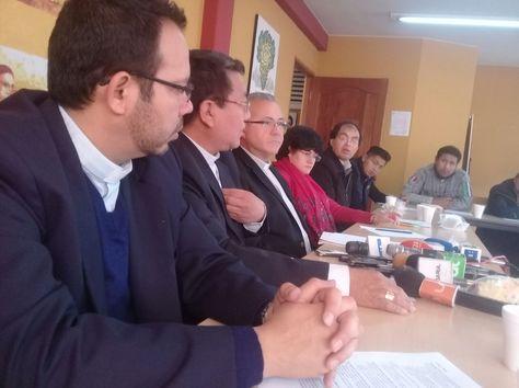 Obispos de la Iglesia Católica en la conferencia de prensa de este martes.