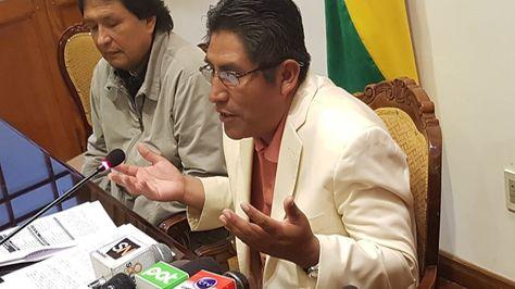 El gobernador de La Paz, Félix Patzi, pide al presidente Evo Morales convocar a reunión del Consejo Autonómico. Foto.Gobernación de La Paz