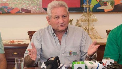 El gobernador Rubén Costas