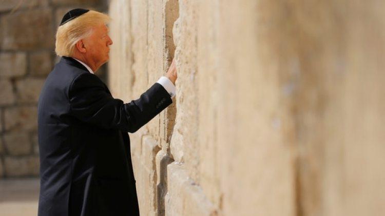 Donald Trump visitó el Muro de las Lamentaciones el 22 de mayo de 2017.