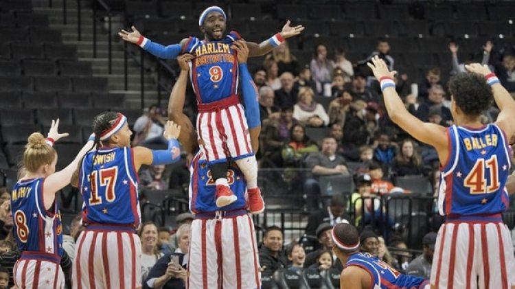 Jahmani Swanson mide 1,35 metros y es nuevo integrante de los Harlem Globetrotters (AFP)