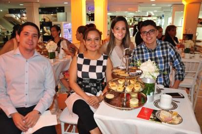 Hugo Martinez, Mariel Santos, Silvia Sulzer y Maximiliano Nuñez