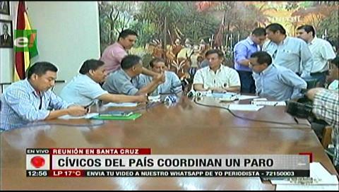 Cívicos del país se reúnen para coordinar paro y bloqueo contra el fallo del TCP