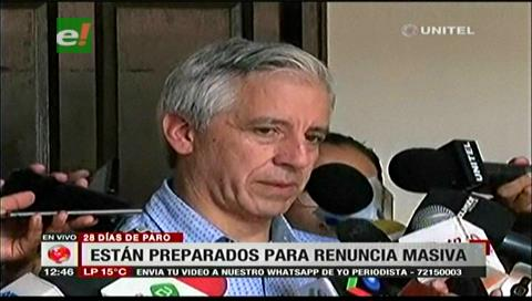 Vice: Gobierno está preparado para reemplazar a todos los médicos especialistas que renuncien