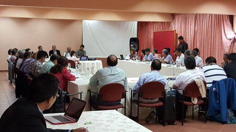 Así se instaló el diálogo entre el Gobierno y el Colegio Médico de Bolivia, en Cochabamba. (Foto: Ministerio de Gobierno)