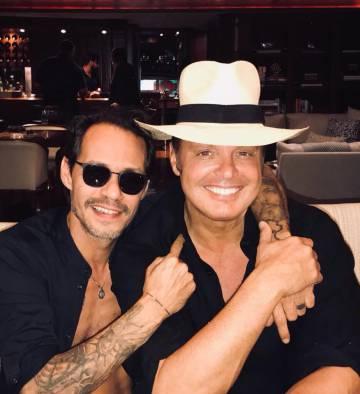 Marc Anthony, a la izquierda, y Luis Miguel.
