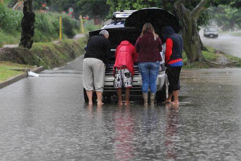 Fuertes lluvias causan inundaciones y destrozos en Santa Cruz. Foto: APG