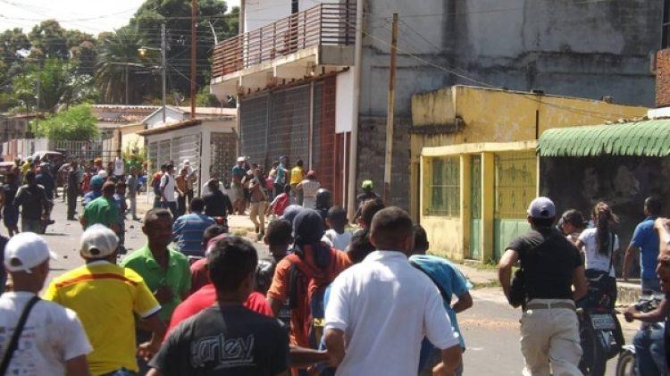 48 detenidos en Caicara del Orinoco (Twitter)
