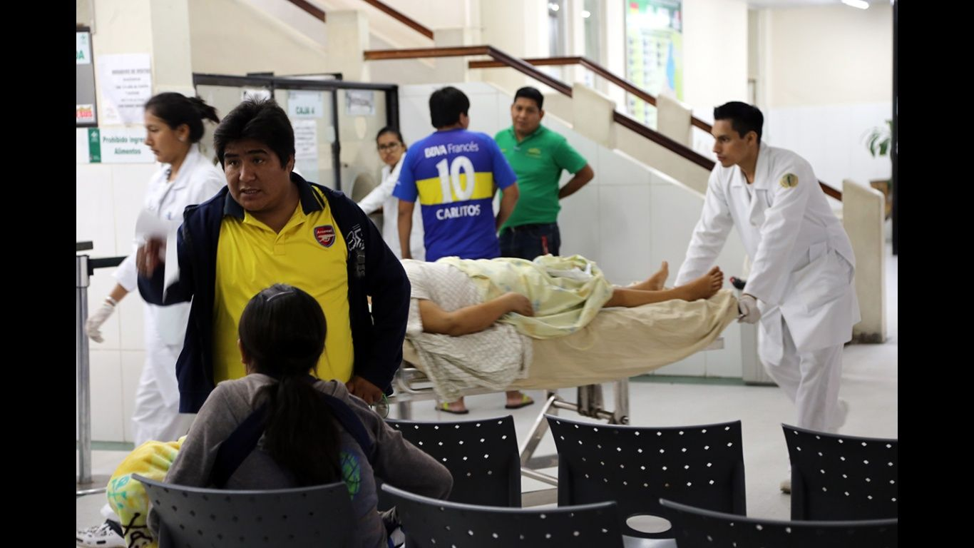 Médicos de Santa Cruz levantan el paro y el servicio se restituye ...