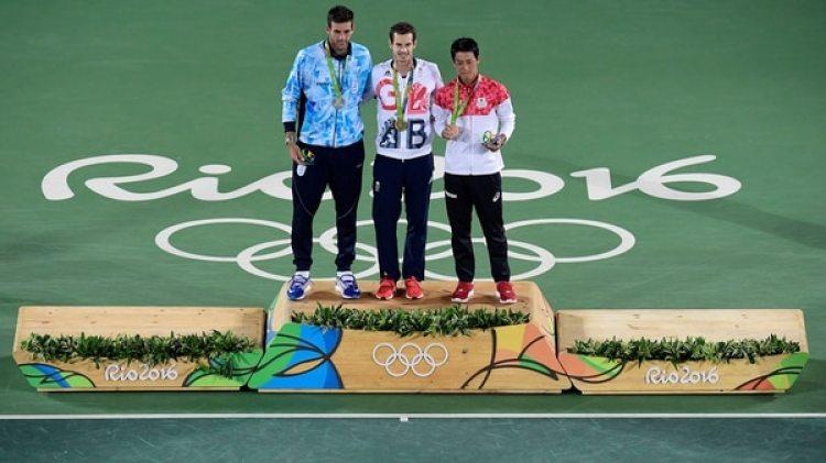 Murray, Del Potro y Nishikori, en el podio de los Juegos Olímpicos de Río de Janeiro 2016 (AFP)