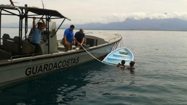 Se hundieron en Curazao: hay 4 muertos y 10 desaparecidos