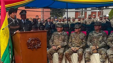 El presidente Evo Morales en acto de entrega de viviendas a militares habló sobre el Dakar. Foto.Ministerio de Comunicación