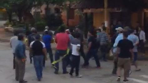Captura de las imágenes sobre agresiones a quienes intentaban bloquear