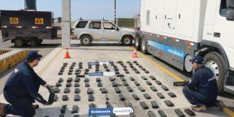 Interceptan remolque boliviano con 97 kilos de droga en Chile