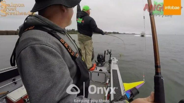 Los pescadores trataron de advertir al capitán de la embarcación