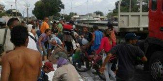 Saquearon camión de azúcar en Acarigua – Venezuela