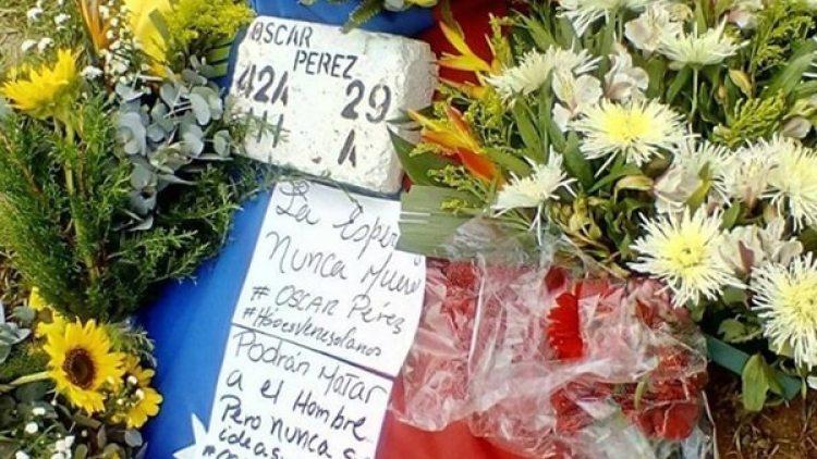 Este domingo despidieron los restos de Óscar Pérez durante una misa en el Cementerio del Este de Caracas