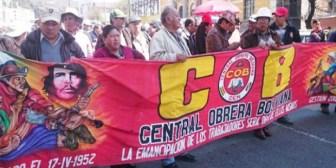 MAS de Evo dividió 5 confederaciones sindicales; ahora mira la COB