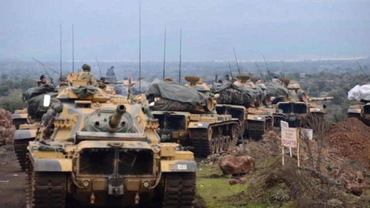 Tanques M60, de producción estadounidense, en una columna del ejército turco (Reuters)