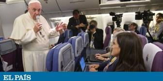 """El Papa pide perdón a las víctimas de abusos por exigirles """"pruebas"""" que demuestren sus casos"""