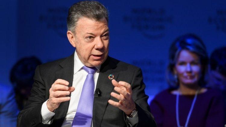 Juan Manuel Santos en Davos (AFP)
