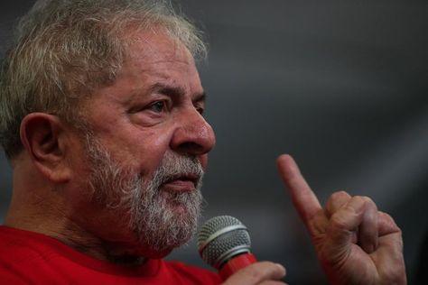 El ex presidente brasileño Luiz Inácio Lula da Silva reacciona durante un discurso en el Sindicato de los Metalúrgicos del ABC, este miércoles 24 de enero de 2018, en Sao Bernardo do Campo, Sao Paulo (Brasil). Foto: EFE