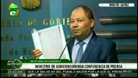 """Ministro Romero a médicos: """"tampoco nos tomen por tontos"""""""