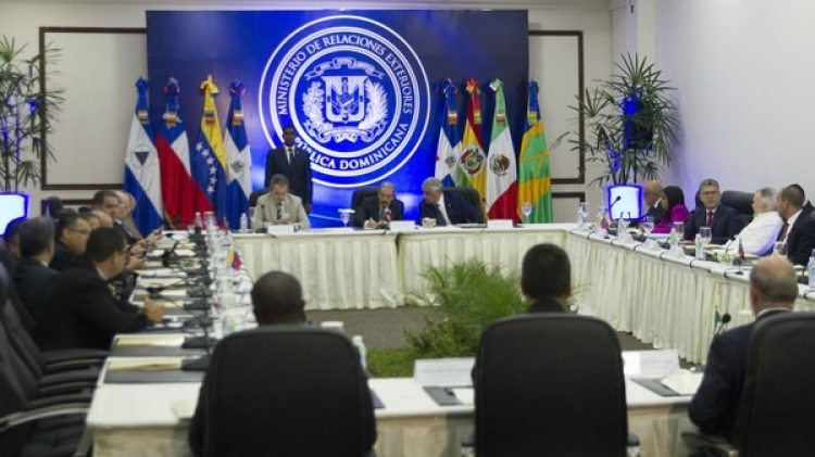 Las conversaciones entre la oposición y el régimen tienen lugar en Santo Domingo