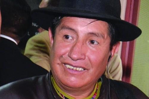 Masistas agreden a diputado Quispe cuando reclamaba