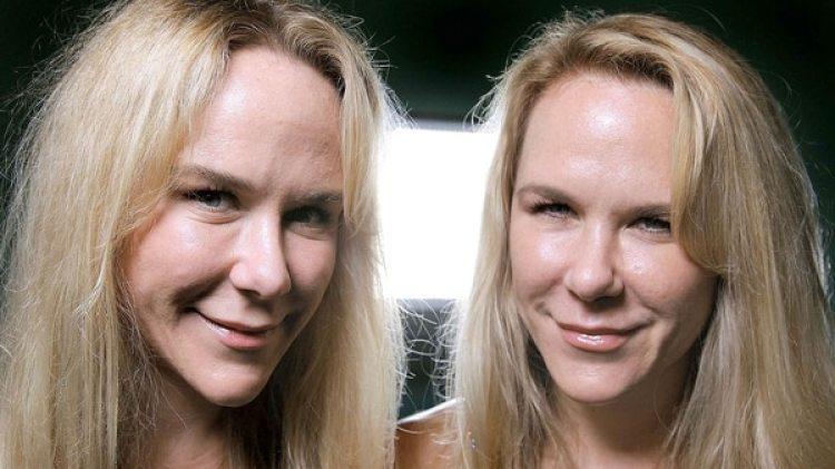 Anastasia y Alexandria Duval. La segunda de las gemelas fue acusada del crimen de su hermana en mayo de 2016. Esta semana se define si es declarada culpable (AP)